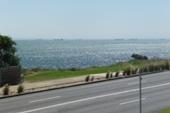 beaumaris-beach-road